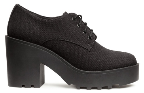 Platform Shoes in Black